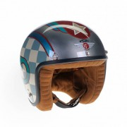 "<strong>""THE DAVIDA RUSSIAN RACER HELMET""</strong> Exclusive hand-painted Motorcycle Jet Helmet / Technique: Spray Can / Manufacturer: Davida UK Ltd / 2016 (Photo Credit: Davida UK Ltd)"